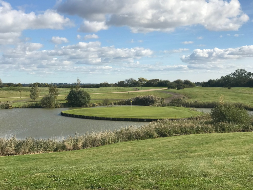 top golf courses in essex
